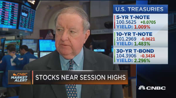 Cashin: Carney benefited the bonds