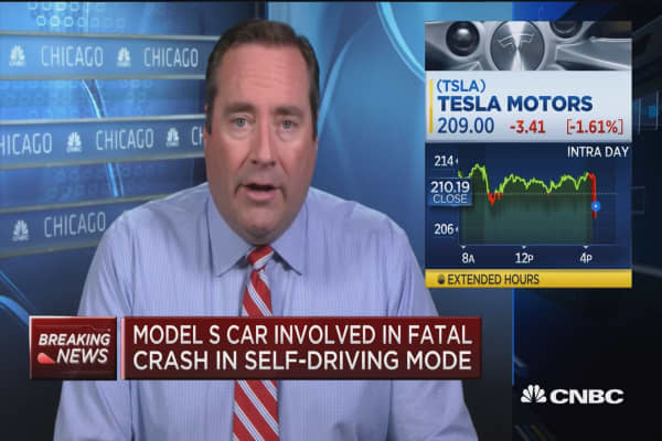 Regulators investigating Tesla Model S cars