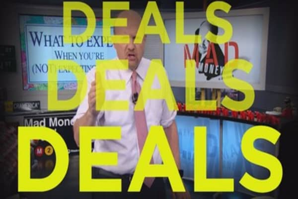 Cramer Remix: Short-sellers have woken up to their worst nightmare