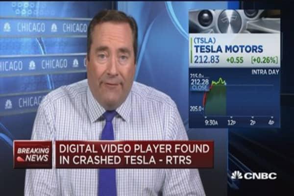 Digital video player found in crashed Tesla: Reuters