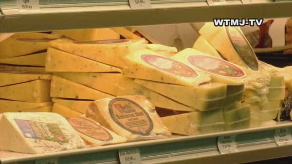 Thieves steal truck with $49K worth of cheese