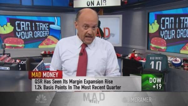 Cramer: The most dangerous restaurant stock in the industry