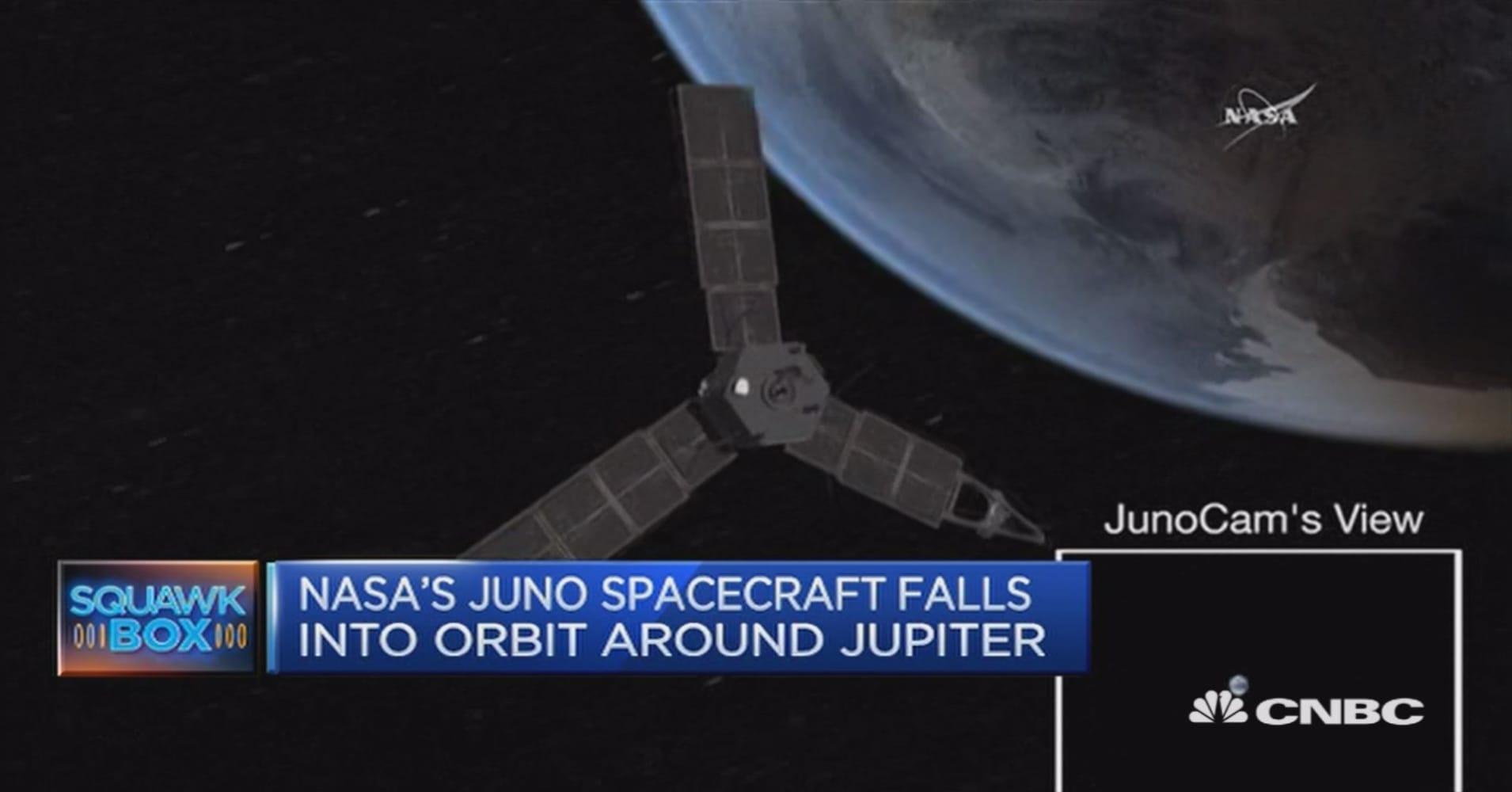 nasa s juno spacecraft enters jupiter s orbit after 5 year journey juno spacecraft reaches jupiter