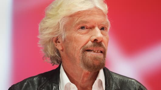 Richard Branson takes refuge in Necker wine cellar
