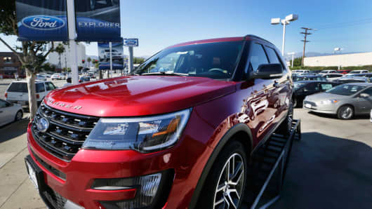 Star Ford Glendale >> Ford gets downgraded on rising SUV competition from GM