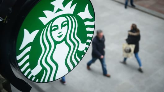 Starbucks bets big on China