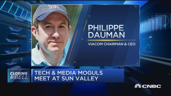Tech & media moguls meet at Sun Valley