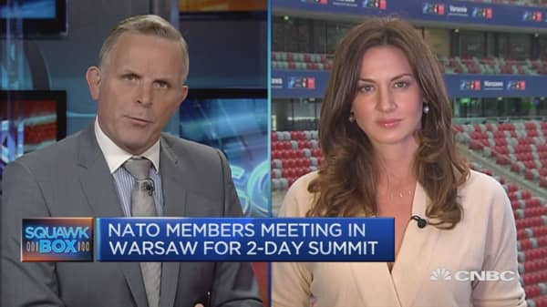 World leaders gather for NATO summit