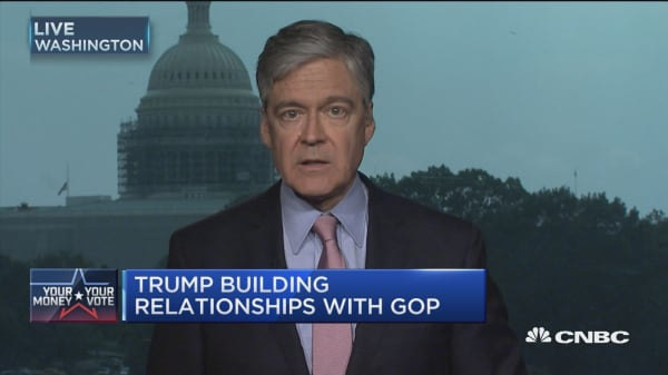 Trump 'building' relationships with GOP?