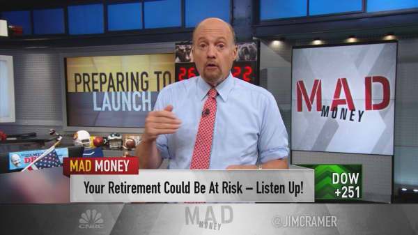 Cramer: Never, ever put this in your 401(k)