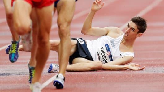 Runner falls