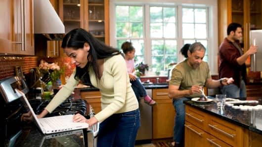 Multigenerational family living together