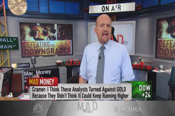 Cramer: 5 downgrades, and this gold stock is STILL digging up fortunes