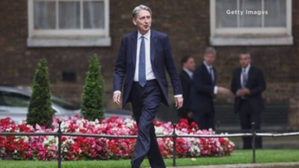 UK's Hammond will do whatever is necessary for economy