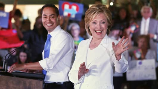 Secretary of Housing and Urban Development Secretary Julian Castro introduces presidential hopeful Hillary Clinton at a 'Latinos for Hillary' grassroots event October 15, 2015 in San Antonio, Texas.
