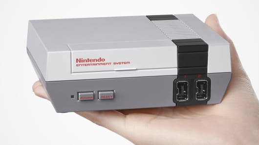 Nintendo Entertainment System Mini Collector's Edition