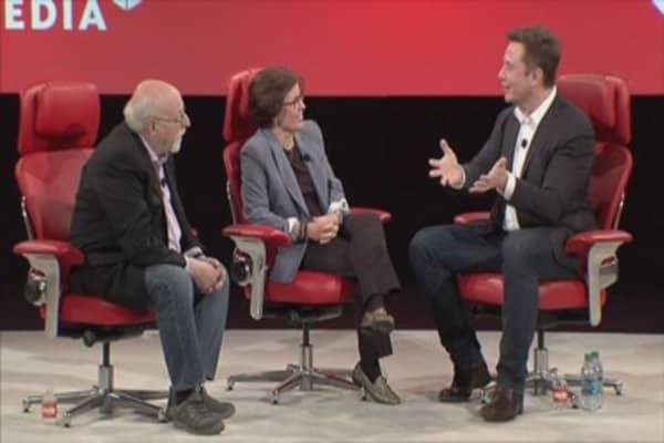 Tesla pressured to stop calling technology 'autopilot'