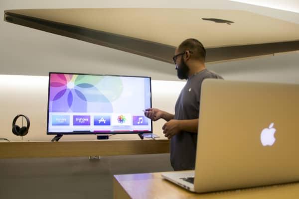 Apple TV, Apple Store