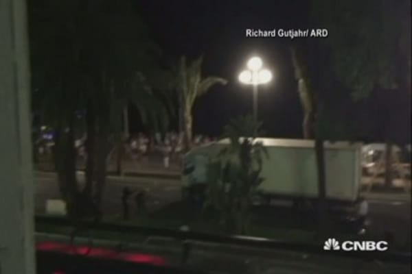 Video of truck driving into Bastille Day crowd in Nice (may be disturbing)