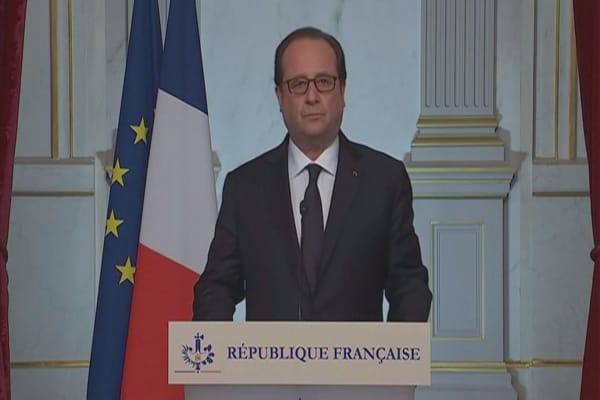 French President Francois Hollande extends state of emergency