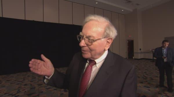Warren Buffett donates $2.86B to charities