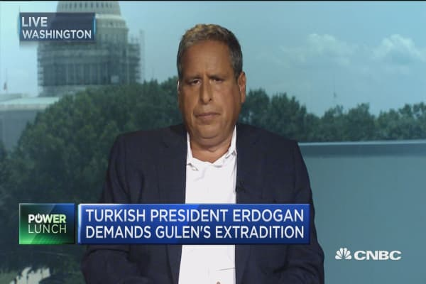 Turkish senior advisor discusses 'point of the coup'