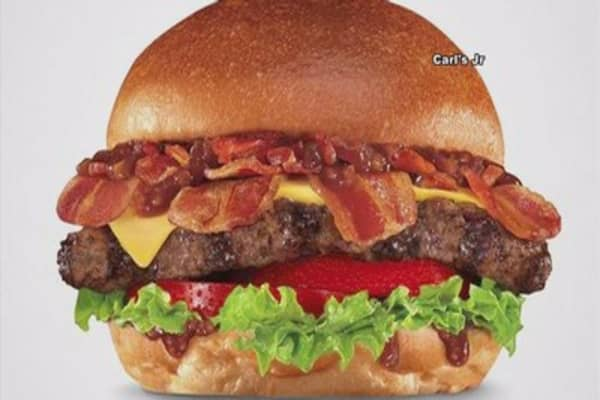 Carl's Jr. and Hardee's to sell burger with bacon jam
