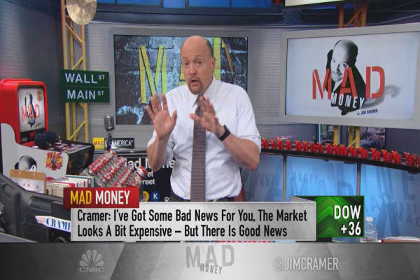 Cramer: Signs a massive global expansion is happening