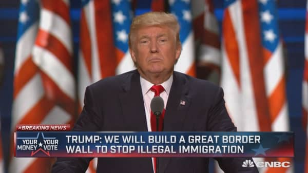 Trump: Illegal border crossings will go down