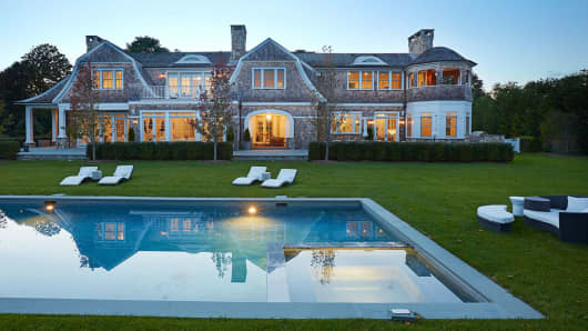 379 Ocean Road in Bridgehampton, NY