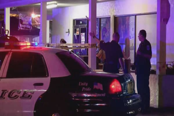 Fort Myers nightclub shooting leaves two dead