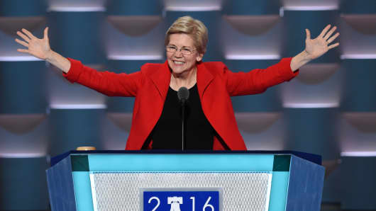 Senator Elizabeth Warren speaks during Day 1 of the Democratic National Convention at the Wells Fargo Center in Philadelphia, Pennsylvania, July 25, 2016.