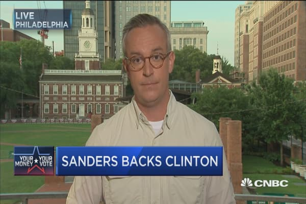 Sanders takes high road at DNC