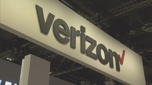 Verizon earnings hurt by strike