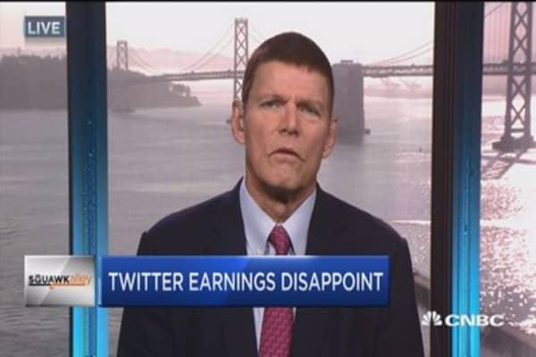 Analysts on Apple, Twitter earnings