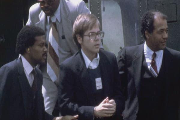 Judge grants Reagan shooter John Hinckley Jr. freedom