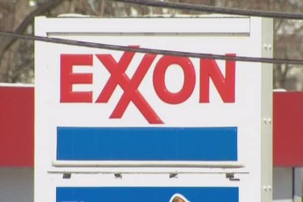 Exxon Mobil reports disappointing earnings