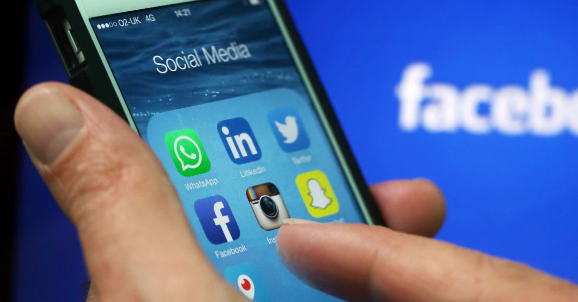 Russia reportedly opens civil proceedings against Facebook, Twitter
