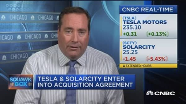 Tesla and SolarCity enter into acquisition agreement