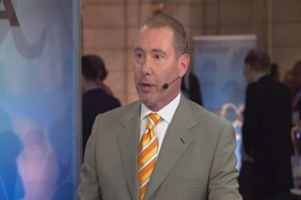 Jeffrey Gundlach tells investors to 'sell everything'