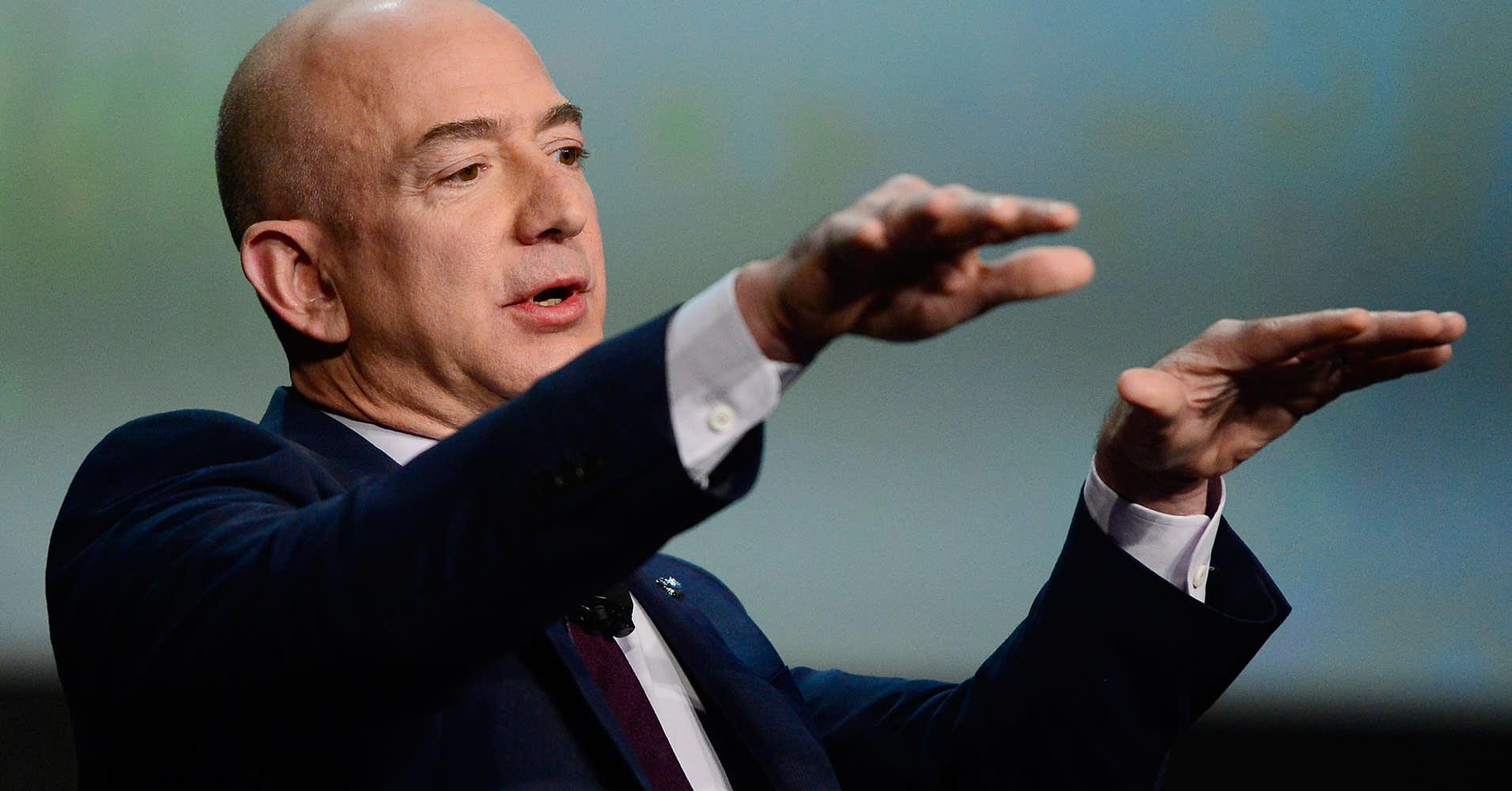 Bezos story is warning to Amazon on succession plan: Jeff Sonnenfeld