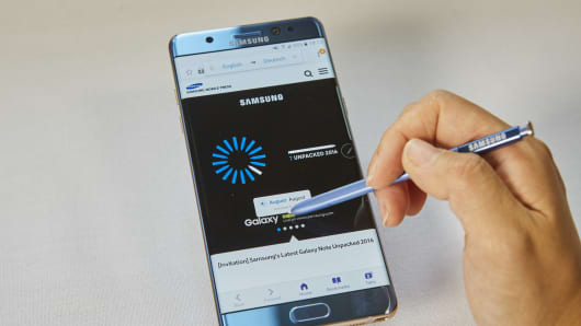Samsung's S Pen stylus comes with the Note 7 and can be used to carry out a range of functions from writing to translating text.