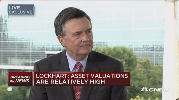 Lockhart: Not ruling out rate hike at next meeting