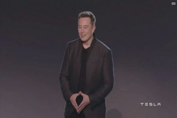 Elon Musk outraged over California's emission credits standard
