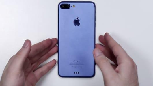 iPhone 7 Plus prototype?