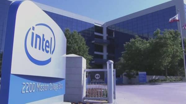 Intel recalls the Basis Peak smartwatch