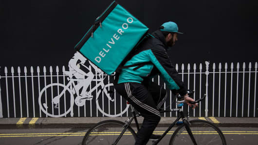 Deliveroo raises US$385 million in funding, eyes new markets