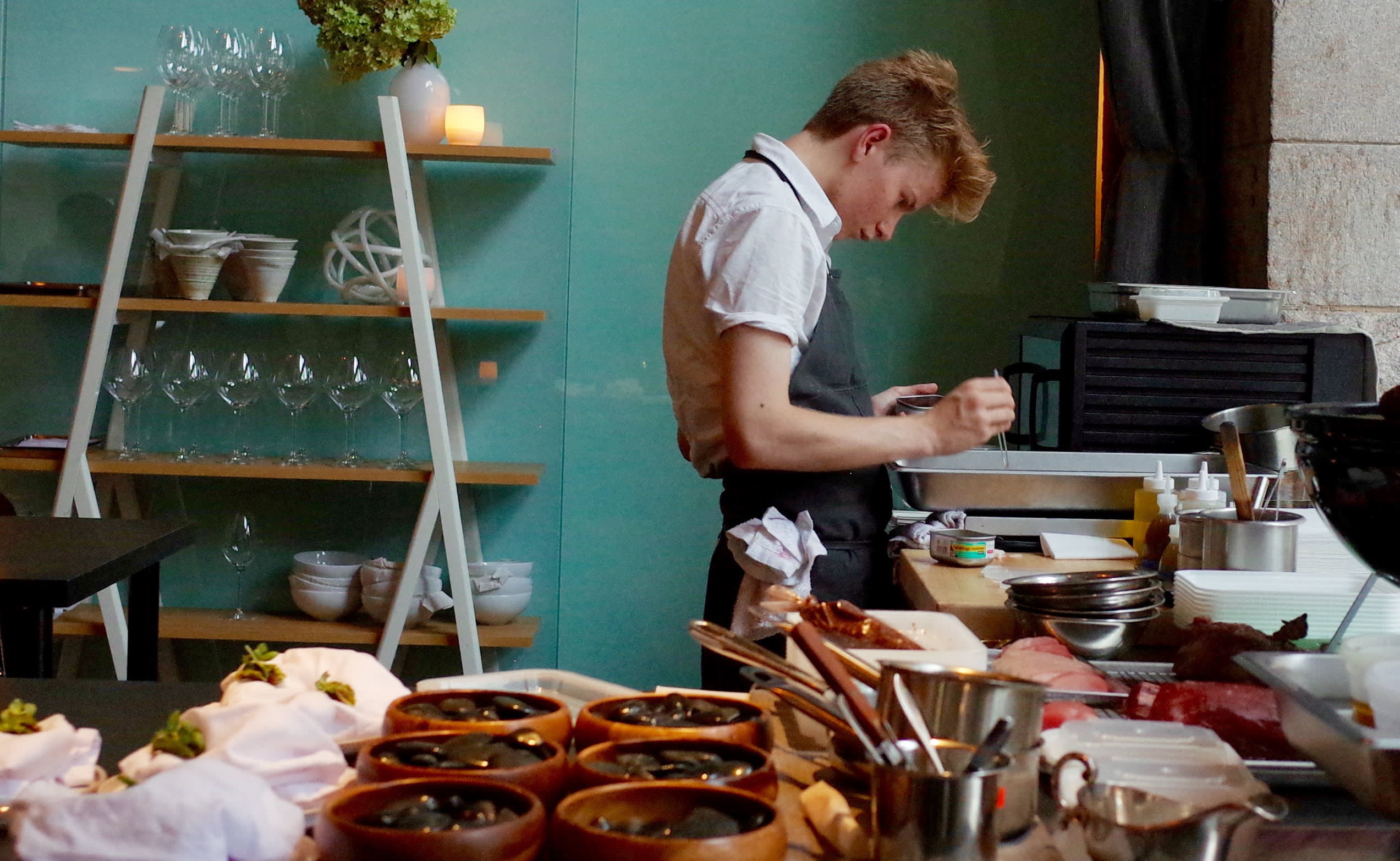 Meet the 17-year-old prodigy chef who makes $160 10-course meals