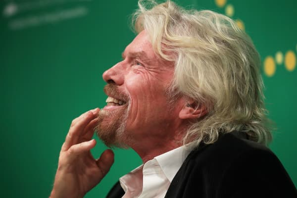 richard branson research paper Leadership paper: richard branson richard branson has been practically a household name in the uk for the past 20 years and is also well respected in the business world.