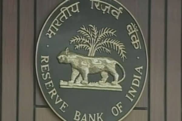 Reserve Bank of India keeps rates on ice